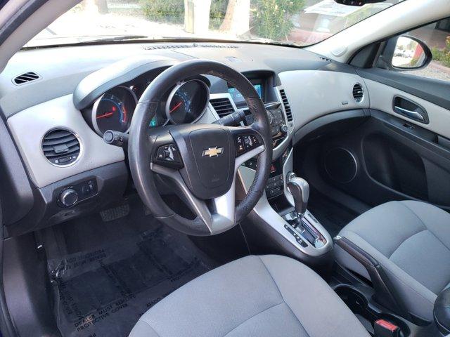 2012 Chevrolet Cruze 4dr Sdn ECO - Image 4