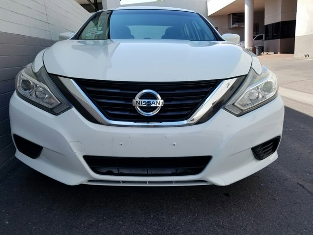 2016 Nissan Altima 4 DOOR SEDAN - Image 2