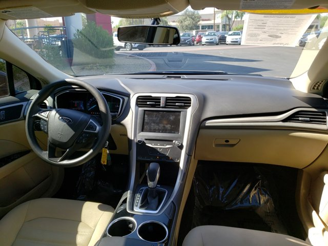 2014 Ford Fusion 4dr Sdn SE Hybrid FWD - Image 10