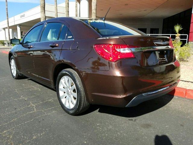 2012 Chrysler 200 4dr Sdn Touring - Image 7
