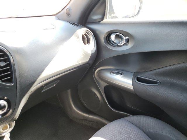 2012 Nissan JUKE 5dr Wgn CVT SV FWD - Image 12