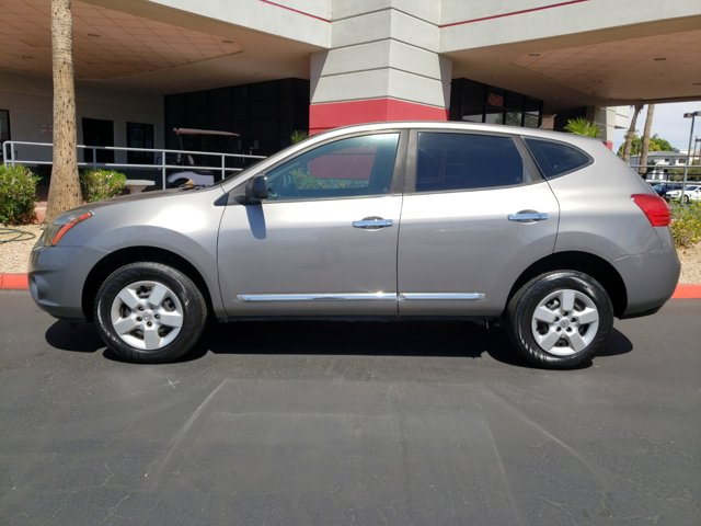2015 Nissan Rogue Select FWD 4dr S - Image 3