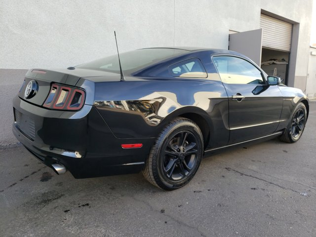2014 Ford Mustang 2 DOOR COUPE - Image 12