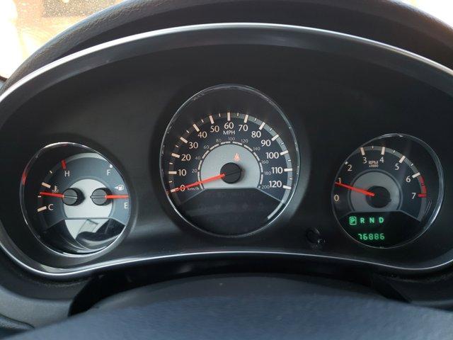 2014 Chrysler 200 4dr Sdn LX - Image 13