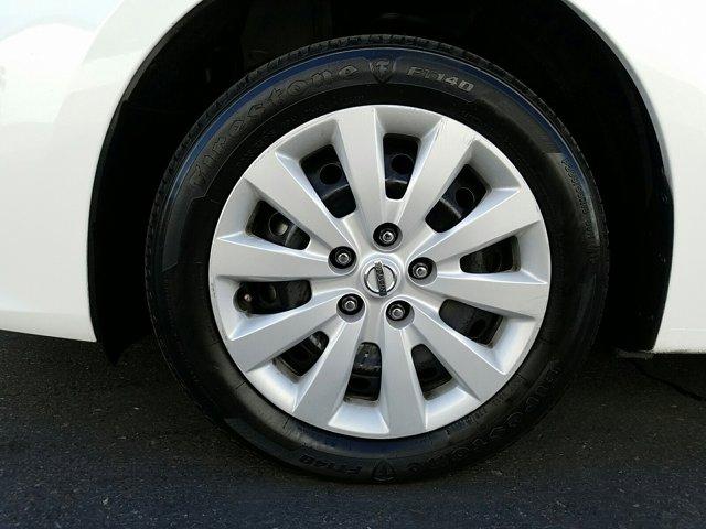 2018 Nissan Sentra S CVT - Image 3