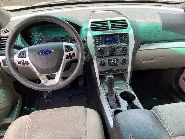 2015 Ford Explorer FWD 4dr Base - Image 17