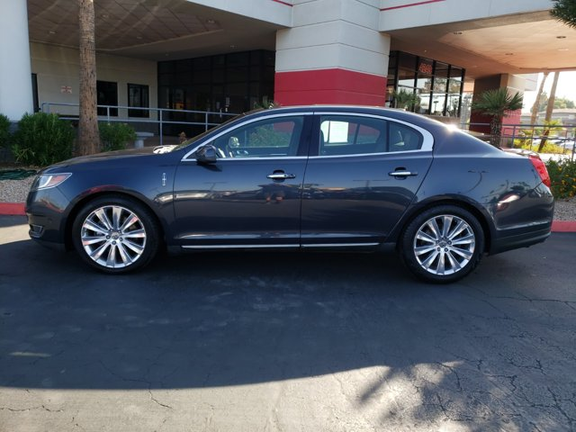2013 Lincoln MKS 4dr Sdn 3.5L AWD EcoBoost - Image 3