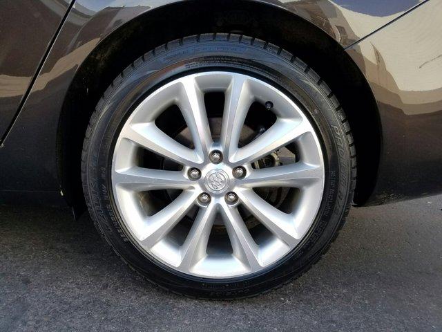 2014 Buick Verano 4dr Sdn - Image 3