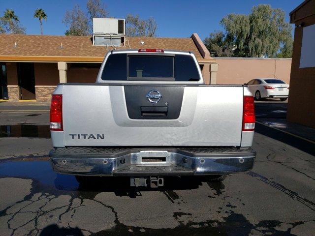 2011 Nissan Titan 2WD Crew Cab SWB SV - Image 6