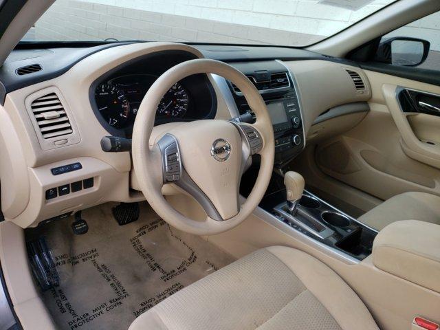 2014 Nissan Altima 4dr Sdn I4 2.5 S - Image 4