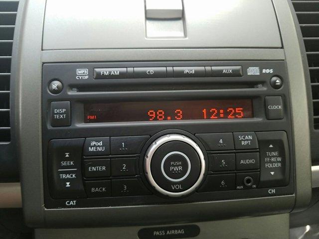 2011 Nissan Sentra 4dr Sdn I4 CVT 2.0 S - Image 15