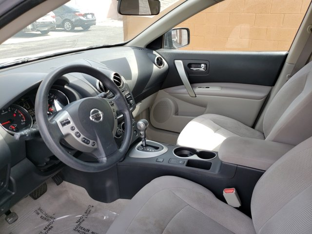 2013 Nissan Rogue FWD 4dr S - Image 9
