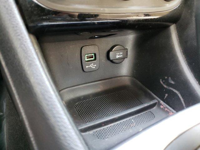 2012 Chrysler 200 4dr Sdn Touring - Image 20