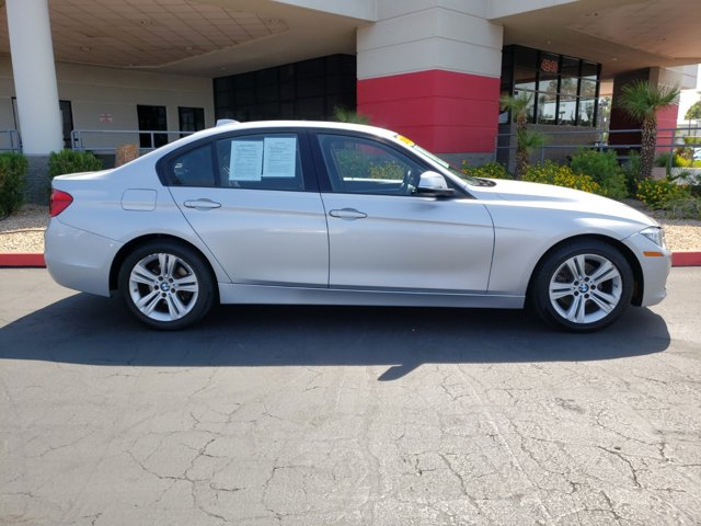 2016 BMW 3 Series 4dr Sdn 328i RWD South Africa SULEV - Image 7