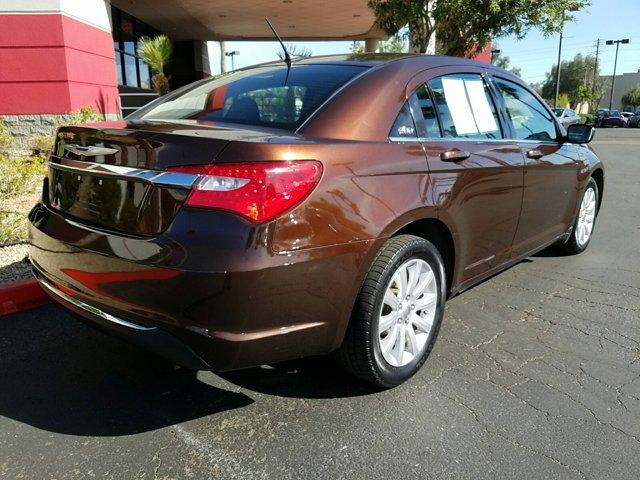 2012 Chrysler 200 4dr Sdn Touring - Image 12