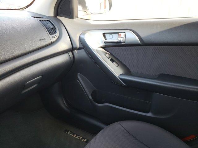 2013 Kia Forte 4dr Sdn Auto EX - Image 11
