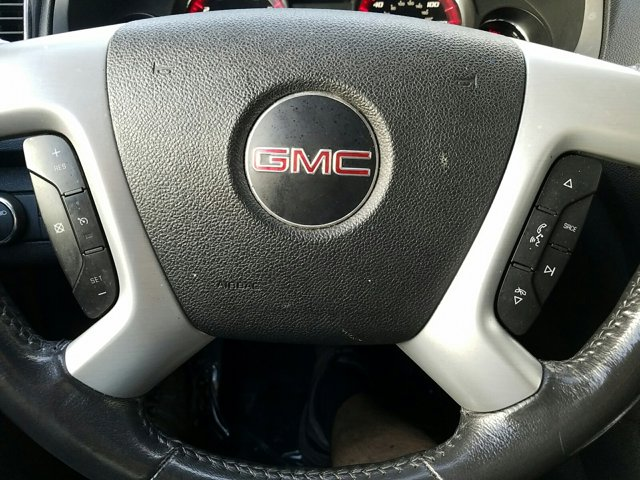 2012 GMC Acadia FWD 4dr SLE - Image 12