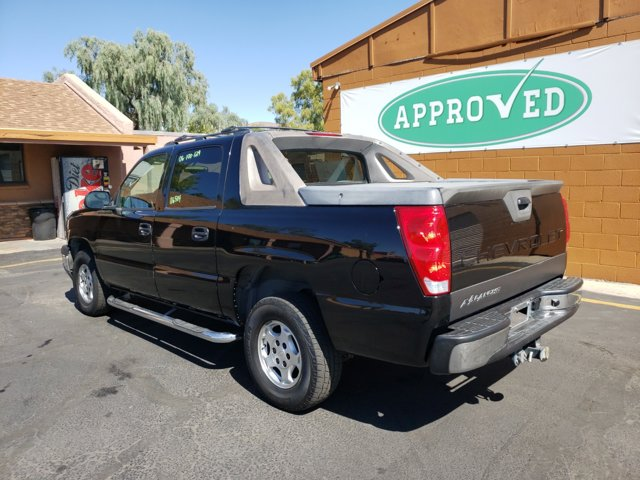 2006 Chevrolet Avalanche 1500 5dr Crew Cab 130 WB 2WD LS - Image 8