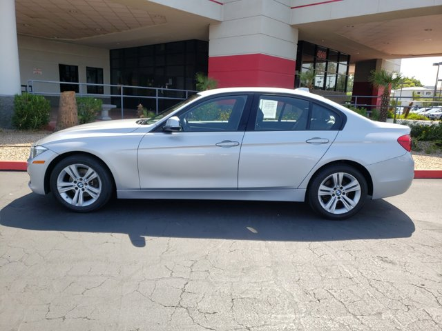 2016 BMW 3 Series 4dr Sdn 328i RWD South Africa SULEV - Image 3