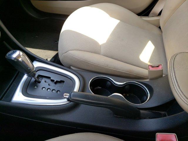 2012 Chrysler 200 4dr Sdn Touring - Image 19