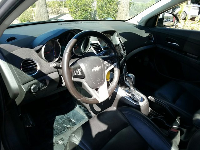 2015 Chevrolet Cruze 4dr Sdn Auto 2LT - Image 4