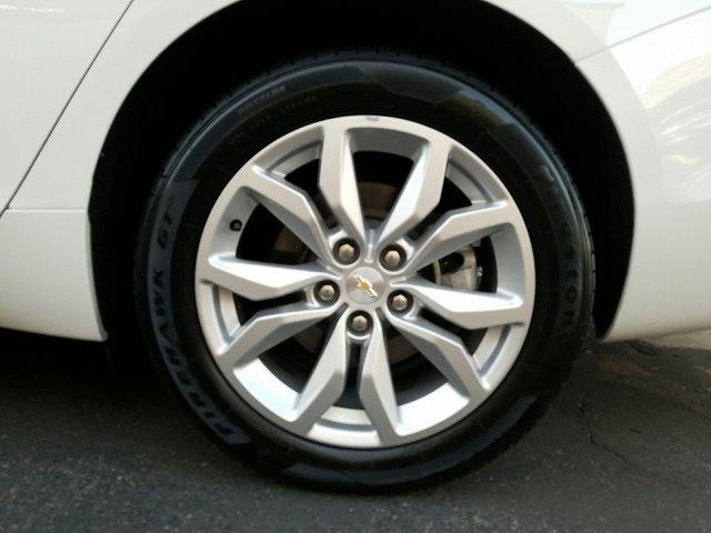 2018 Chevrolet Impala 4dr Sdn LT w/1LT - Image 3