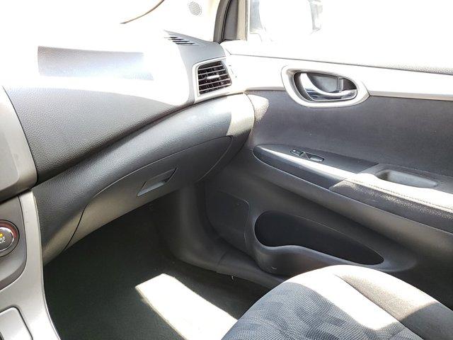 2013 Nissan Sentra 4dr Sdn I4 CVT SV - Image 12