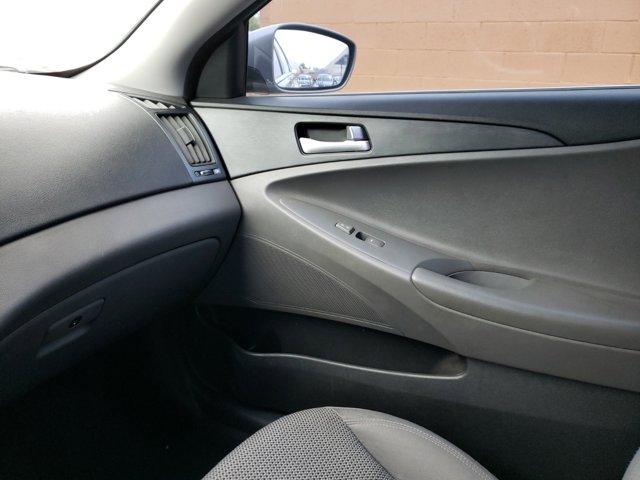 2012 Hyundai Sonata 4dr Sdn 2.4L Auto GLS PZEV - Image 11