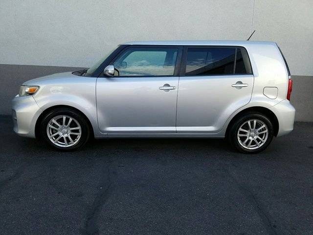 2011 Scion xB 4 DOOR WAGON - Image 7