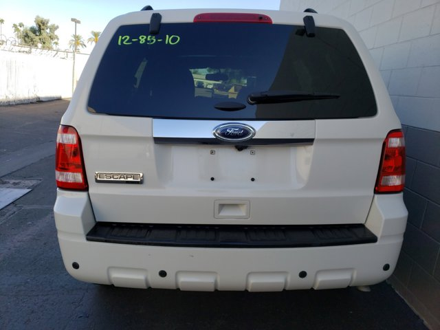 2012 Ford Escape FWD 4dr Limited - Image 10
