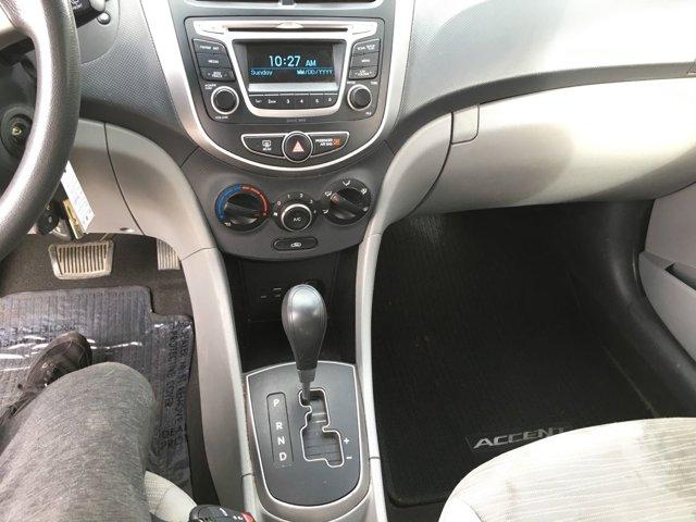 2017 Hyundai Accent SE Sedan Auto - Image 12