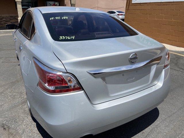 2015 Nissan Altima 4dr Sdn I4 2.5 S - Image 13