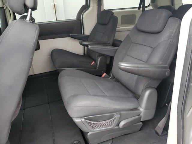 2010 Dodge Grand Caravan 4dr Wgn SXT - Image 5