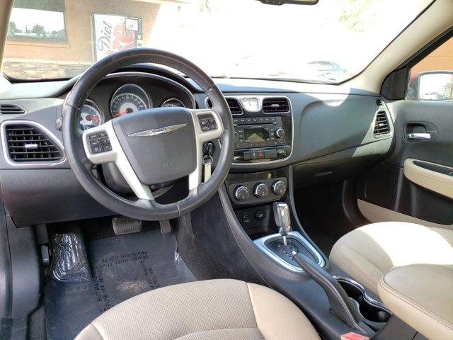 2012 Chrysler 200 4dr Sdn Touring - Image 11