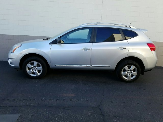 2013 Nissan Rogue FWD 4dr S - Image 7