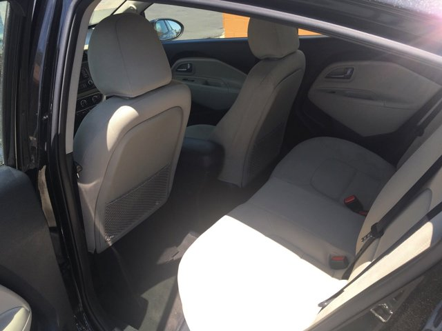 2013 Kia Rio 4dr Sdn Auto EX - Image 9
