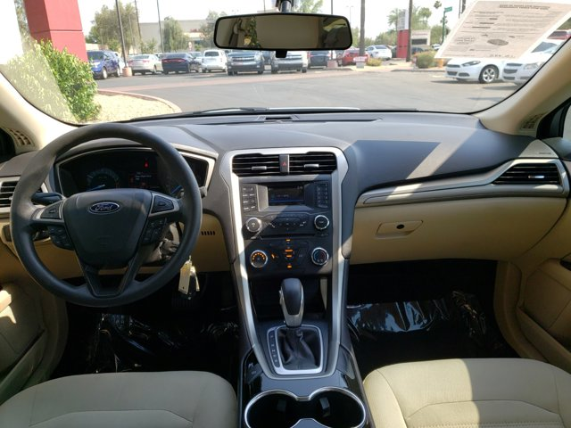 2014 Ford Fusion 4dr Sdn SE FWD - Image 10