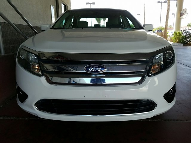 2012 Ford Fusion 4dr Sdn SE FWD - Image 2