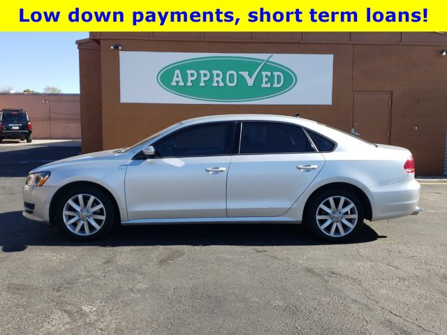 2015 Volkswagen Passat 4 DOOR SEDAN