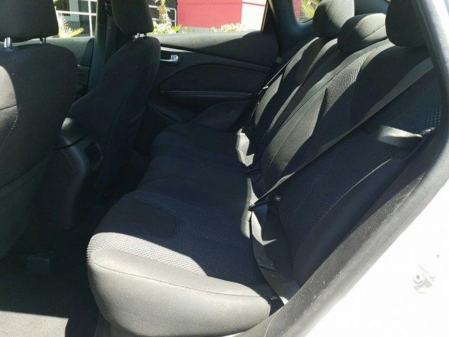 2014 Dodge Dart 4dr Sdn SE - Image 5