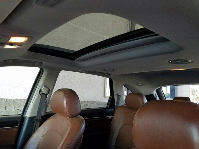 2012 Hyundai Veracruz FWD 4dr Limited - Image 4