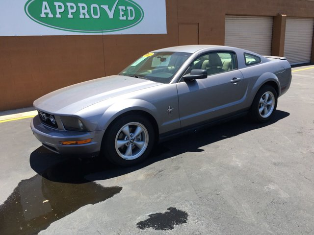 2007 Ford Mustang 2 DOOR COUPE - Image 3