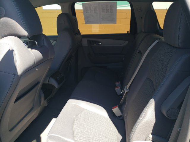 2015 Chevrolet Traverse FWD 4dr LS - Image 11