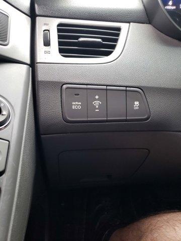 2012 Hyundai Elantra 4dr Sdn Auto GLS (Alabama Plant) - Image 19