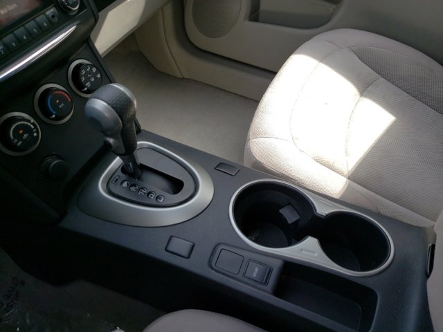2013 Nissan Rogue FWD 4dr S - Image 18