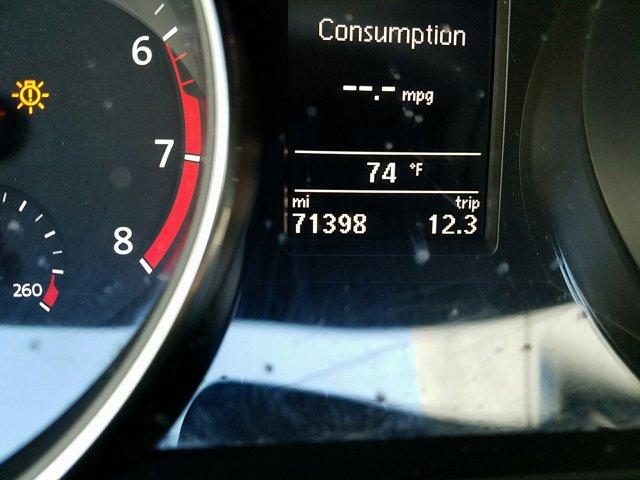 2016 Volkswagen Passat 4 DOOR SEDAN - Image 11
