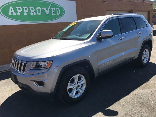 2014 Jeep Grand Cherokee RWD 4dr Laredo - Image 4
