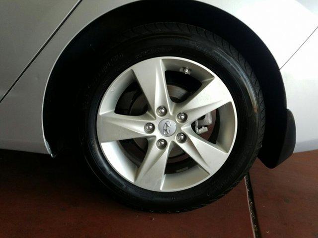 2013 Hyundai Elantra 4dr Sdn Auto GLS PZEV (Ulsan Plant) - Image 3
