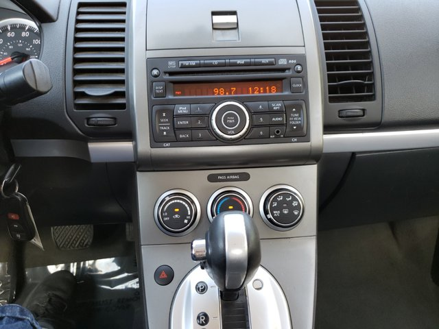 2012 Nissan Sentra 4dr Sdn I4 CVT 2.0 S - Image 9