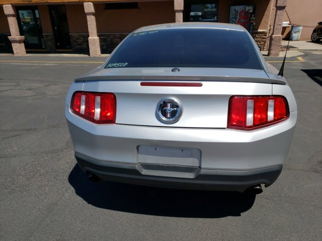 2011 Ford Mustang 2 DOOR COUPE - Image 10